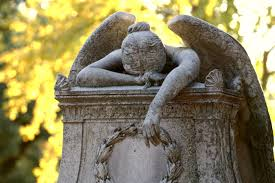 mourning statue: bereavement counselling